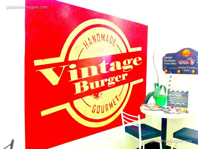 Entrada da hamburgueria Vintage Burger