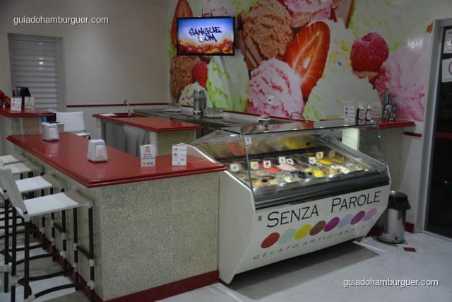 Ambiente da sorveteria Senza Parole - Hamburgueria da Mooca