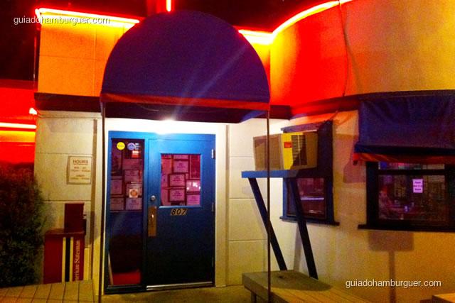 Fachada - Hut's Hamburgers