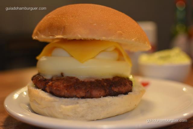 Hambúrguer de calabresa, queijo e catupiry - I Love Burger