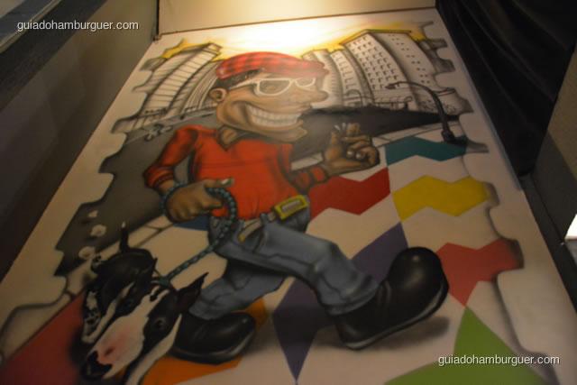 Detalhe de parede grafitada - MAB Gastronomia