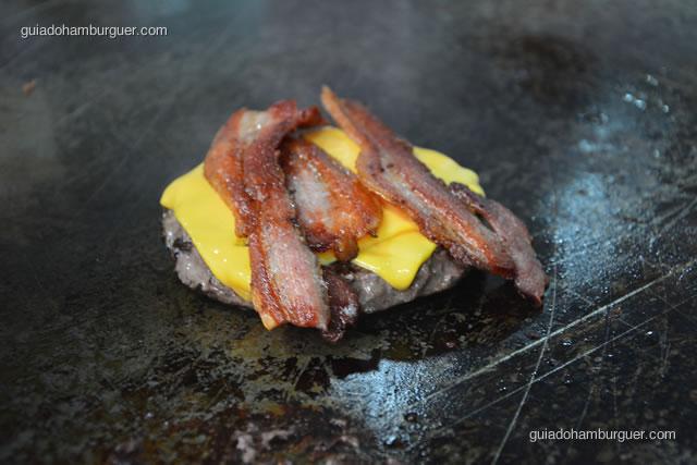 Hambúrguer de picanha de 225g, cheddar e bacon - Big X Picanha