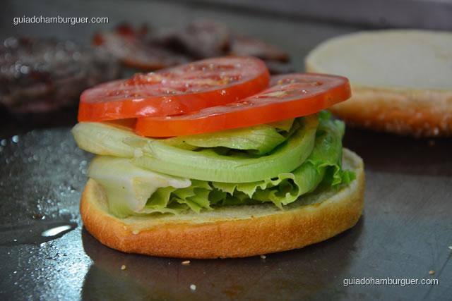 Pão, alface e tomate - Big X Picanha