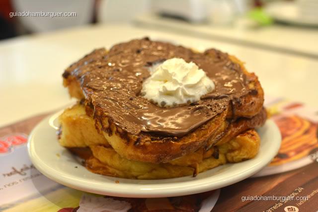 Nutella French Toast: brioche preparados com a mistura de french toas e Nutella - Achapa