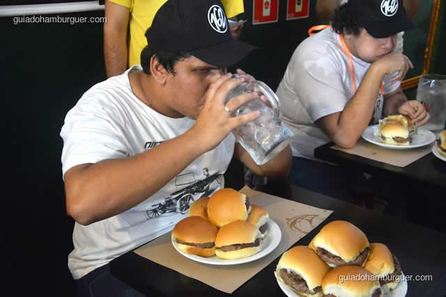 5 hambúrgueres se foram e repuseram mais um prato cheio - Torneio Devoradores 162