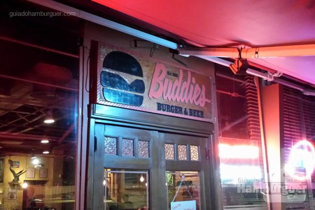 Fachada do Buddies Burger & Beer - SP Burger Fest 4ª edição