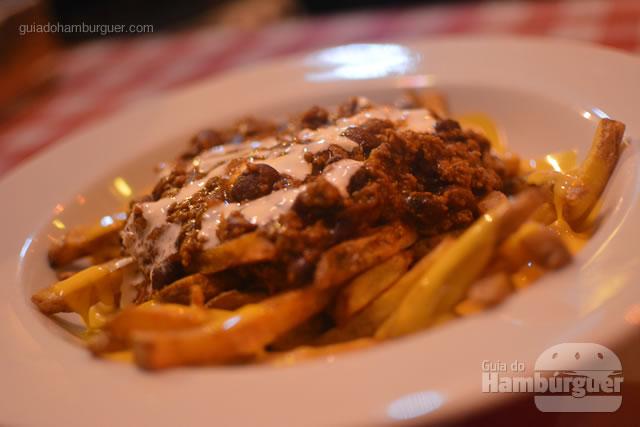 Detalhe das Chilli Fries, que fome! - Cadillac Burger