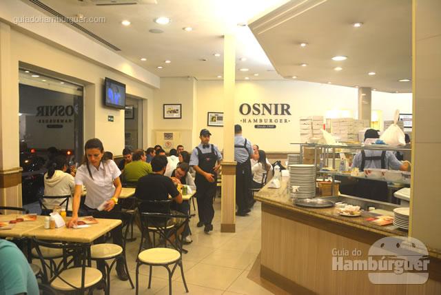 Ambiente bem iluminado - Osnir Hamburger