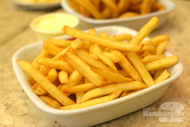 Porção de batatas fritas - Osnir Hamburger