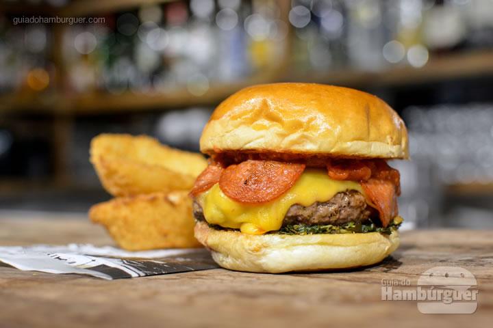 Pepperoni Burger - Buddies Burger dá R$ 350,00 a você, participe pelo Instagram e Facebook