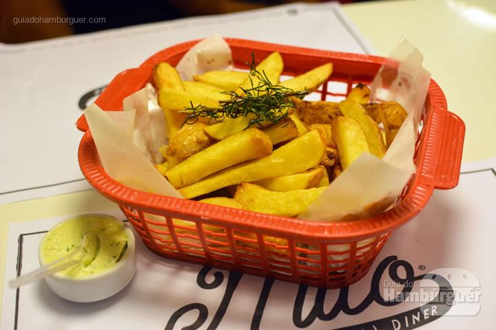 Batatas artesanais - Mito Burger