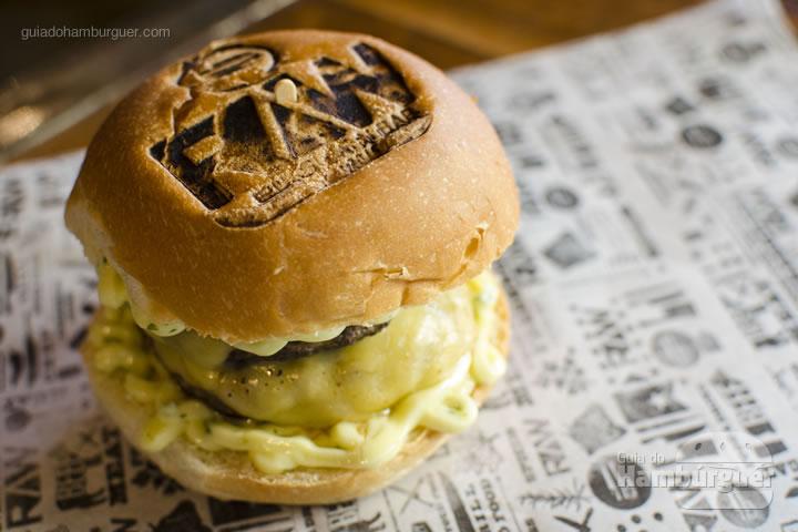 Raw Cheese Burger - Raw Burger'n'Bar