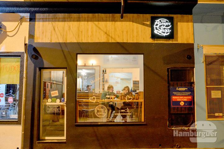 Fachada - Burger Shop 1269