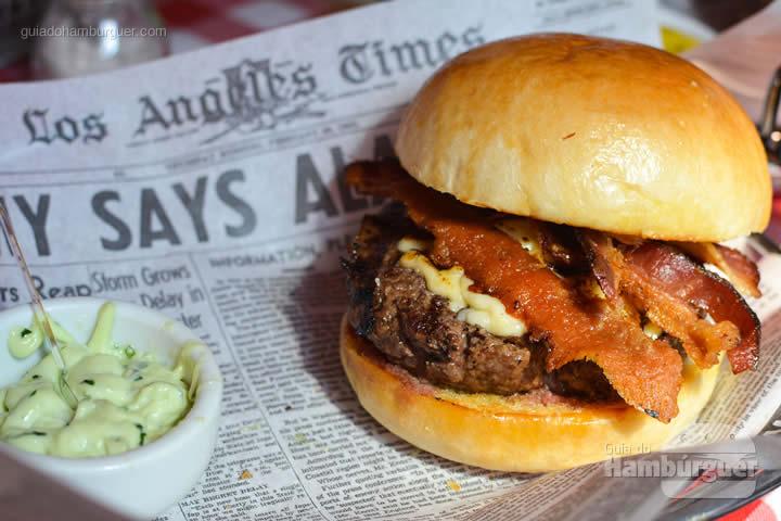 BLT Burger sem a salada - Cadillac Burger