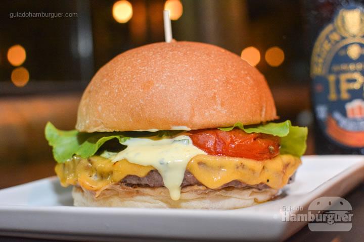 Paulista Burger, o carro-chefe da casa - Paulista Burger em São José dos Campos