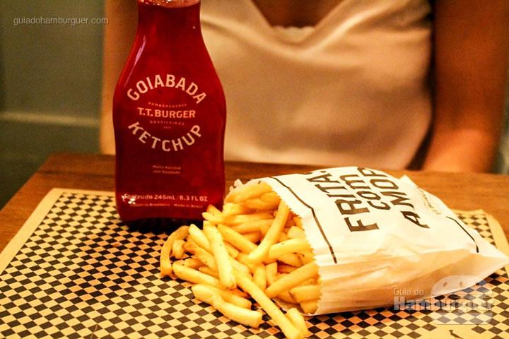Versão clássica das batatas fritas - T.T. Burger por Lelê Gianetti