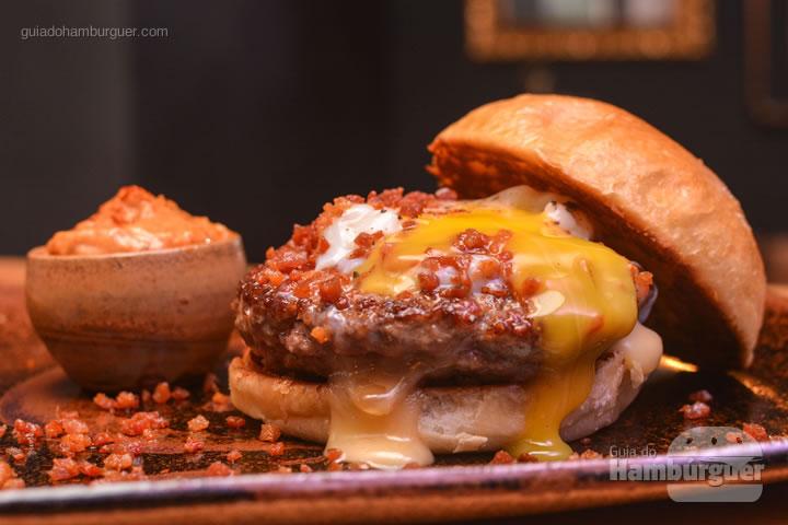 Hambúrguer criado exclusivamente para o evento - Menu degustação com 2 entradas + 2 burgers no Ícone GastroRock