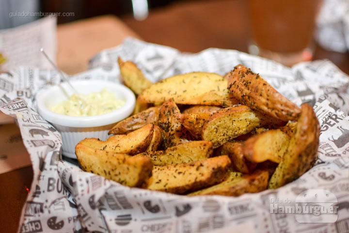 Batatas fritas rústicas artesanais - BFactory Hamburgueria em Santo André