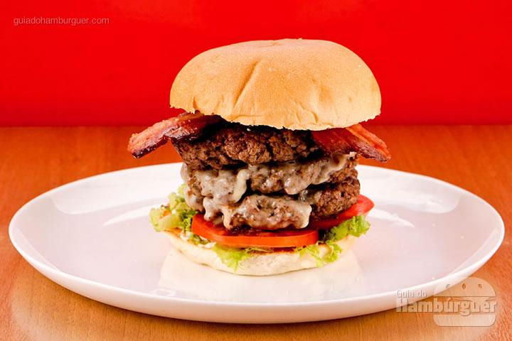 Burger style 540g de carne bovina por R$ 39,00 - Houston