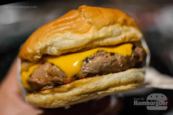 Cheese bacon - Stunt Burger