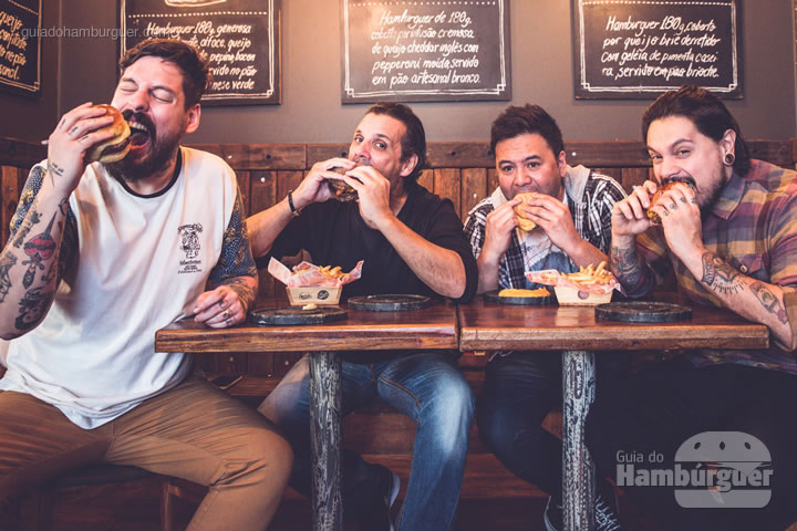 Fih, Donato, Marcelo e Lierson (da esquerda para direita)  - Frank & Charles comemora 3 anos