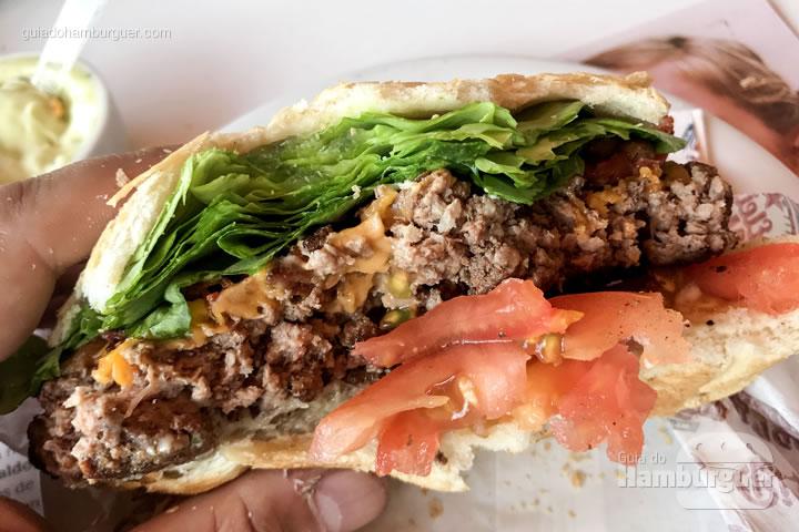 Carne totalmente passada - Big Jack Hambugueria