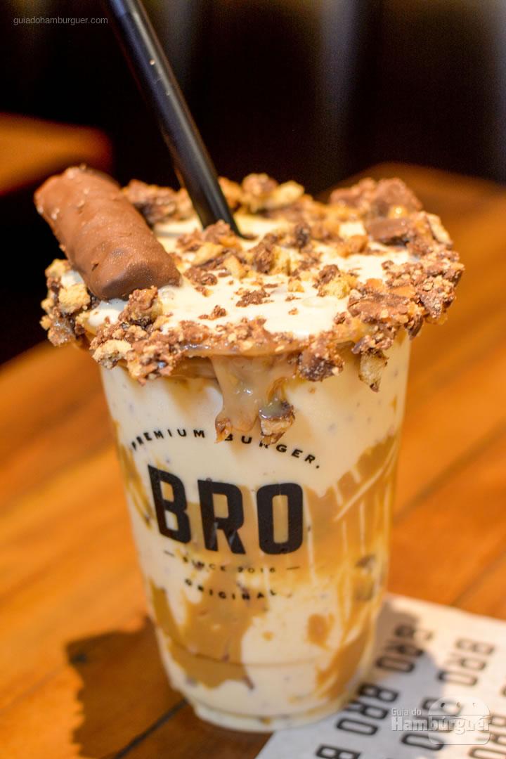Milkshake de Twix - Novo cardápio Bro Burger