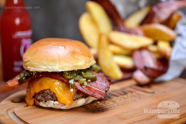 Iron Burger - Bendito Rock Burger, hamburgueria e cervejaria artesanal