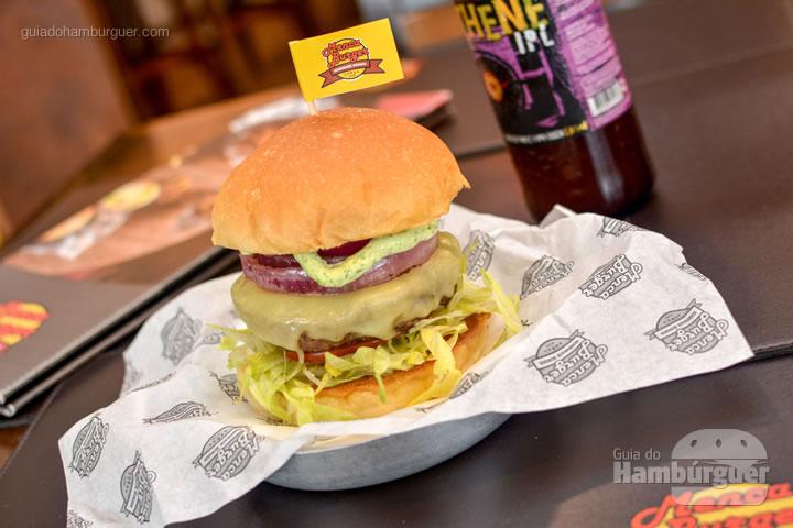 Brazilian com blend de picanha - Menca Burger
