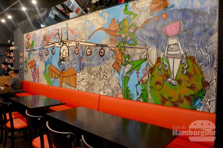Graffitti de um avião - Burger ID