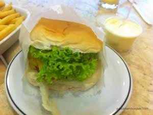 Cheese salada (x-salada) com maionese à parte - Osnir Hamburger