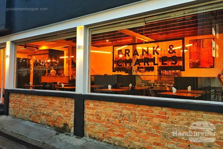 Fachada - Frank & Charles Sandwich Bar
