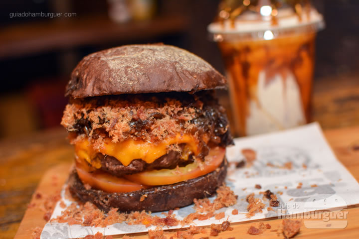 Cheddar e cebola caramelizada - Stage Burger