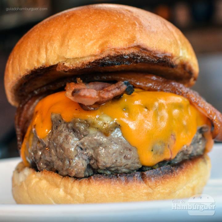 Cheesebacon - Chip's Burger