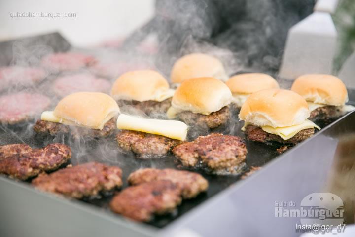 O pão é o nosso abafador de queijo - Meu Primeiro Hambúrguer 1ª edição
