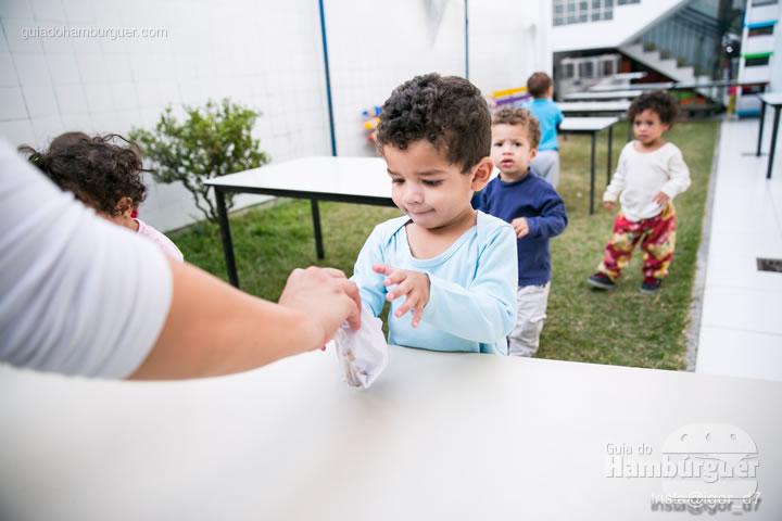 As crianças menores são servidas primeiro - Meu Primeiro Hambúrguer 1ª edição