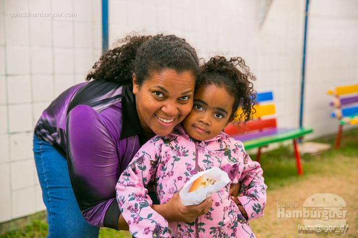 Mãe e filha no fim do evento - Meu Primeiro Hambúrguer 1ª edição