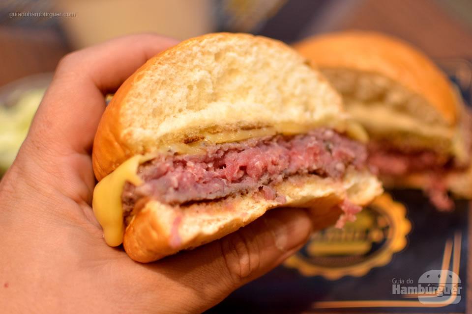 Ponto do cheeseburger - Plano A Hamburgueria